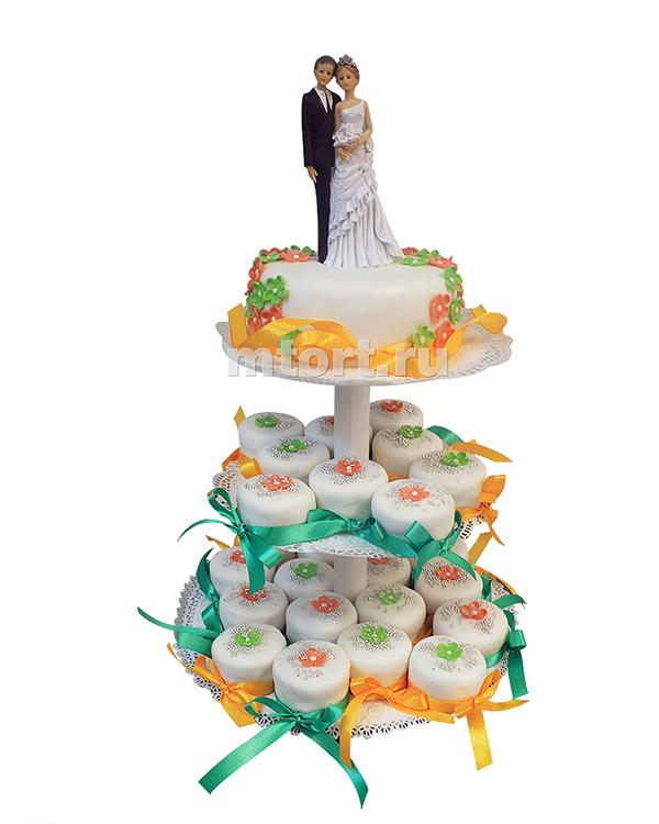 №188 Свадебный торт с капкейками