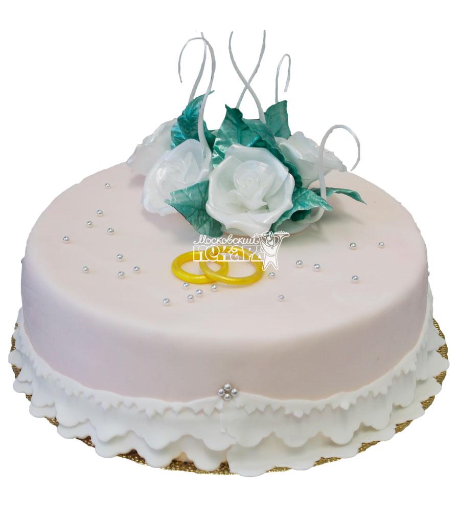 №668 Небольшой свадебный торт с цветами