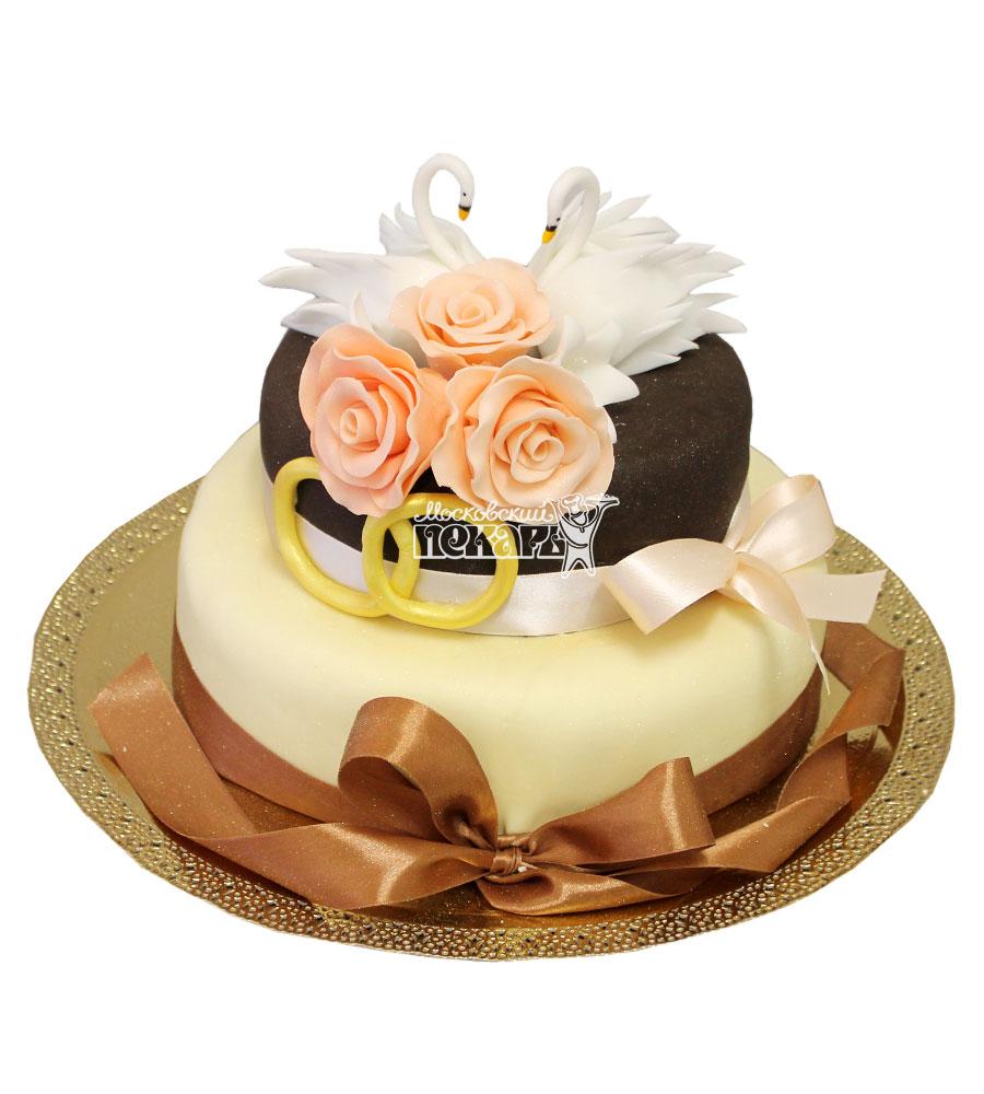 №608 Небольшой свадебный торт