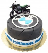 №632 Праздничный торт с мотоциклом БМВ