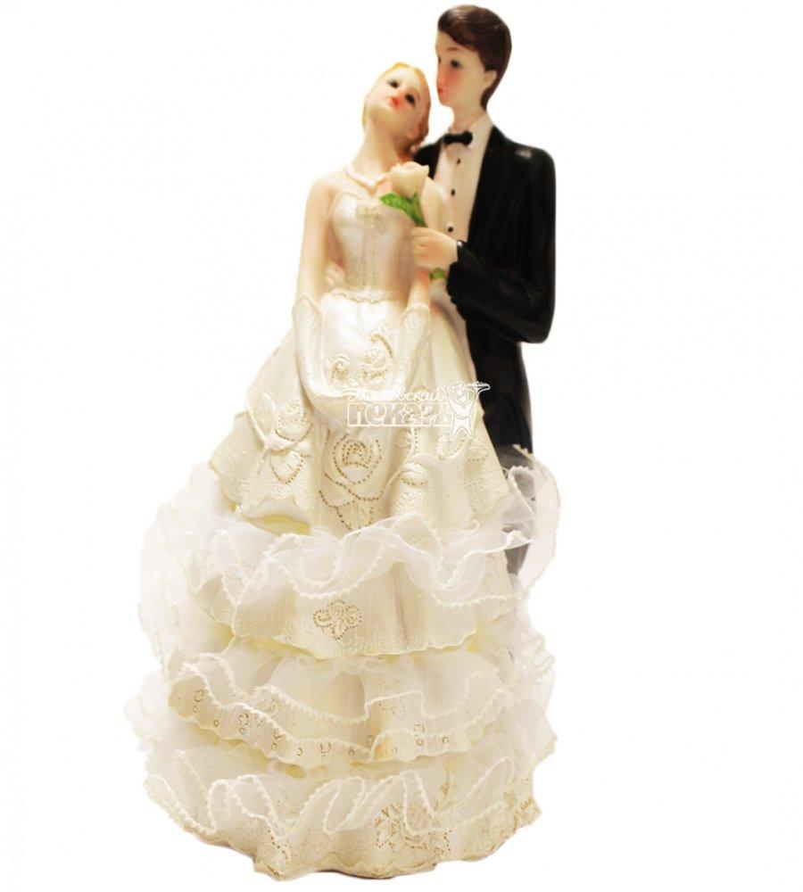 №837 Фигурка из полистирола жених и невеста 18 см