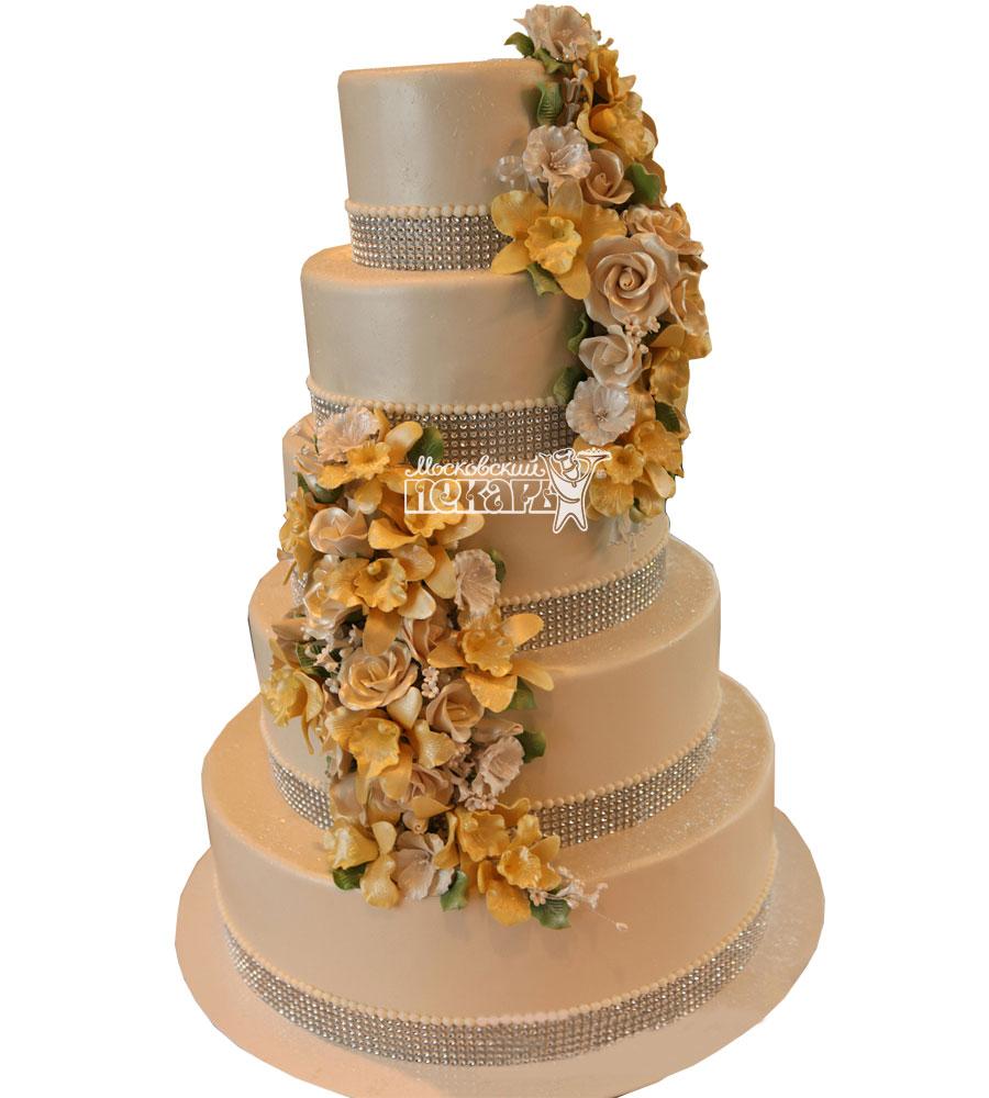 №1002 Свадебный торт с цветами