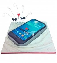 №1162 Женский торт смартфон
