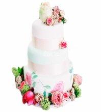 №3836 Свадебный торт с цветами