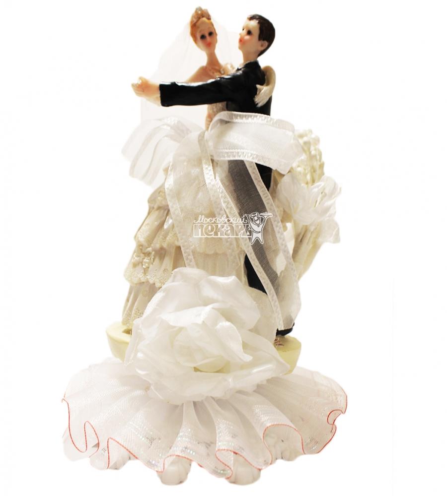 №843 Фигурка из полистирола жених и невеста 19 см